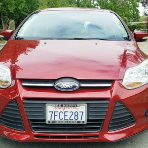 Clean Title Ford Focus Se for Sale in Saratoga, CA
