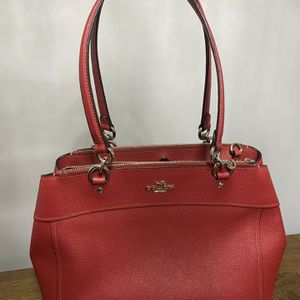 Red Authentic Coach crossbody bag for Sale in Chicago Ridge, IL