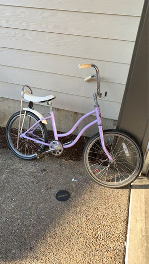 Schwin girls banana seat bike for Sale in Newberg, OR
