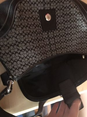 Authentic coach bag for Sale in Manchester, CT