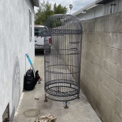 Bird Gate / Jaula Para Pájaro for Sale in Los Angeles,  CA
