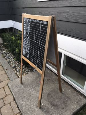FREE DOUBLE SIDED ART EASEL for Sale in Tacoma, WA