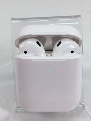 Apple Airpods / Air Pods (2nd generation) Bluetooth Headphones for Sale in Kent, WA