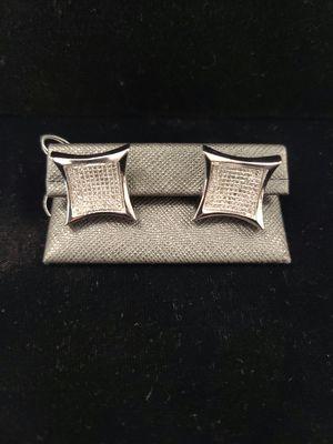10k gold white cluster earrings for Sale in North Las Vegas, NV