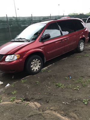 2004 Chrysler Town and Country Minivan for Sale in New York, NY