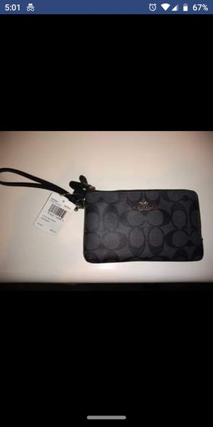 Authentic Coach Wristlet for Sale in Ashburn, VA