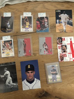 Random assortment of 25+ collectors cards for Sale in Kirkland, WA