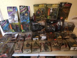 Lot of 35 figures for Sale in St. Louis, MO