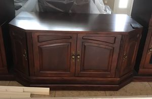 Cherry wood brown wall console- center piece only. Tv console with a lot of storage. $90 for Sale in Brandon, FL