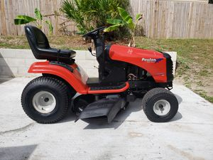 POULON PRO Riding Mower (Like New) for Sale in Sanford, FL