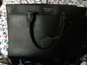 I am selling my Kate spade purse only had a month but got a new one if anyone is interested for Sale in Nashville, TN