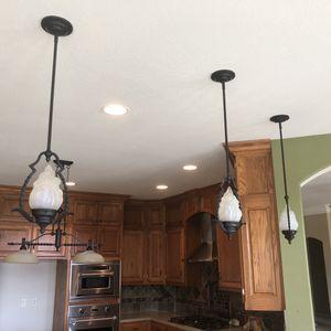 3 hanging light fixtures for Sale in Wichita, KS