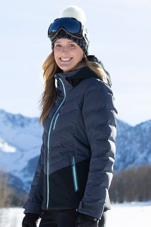 NEW obermeyer women's ski down jacket size 4 small for Sale in La Habra Heights, CA