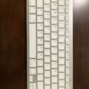 Bluetooth Keyboard for Sale in Miami, FL