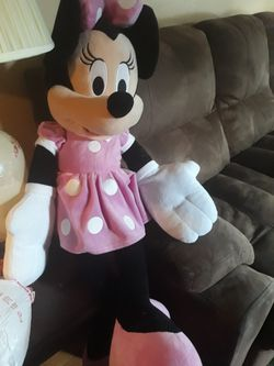 $5 Giant Minnie Mouse for Sale in Denver,  CO