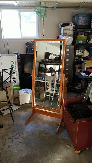 Mirror for Sale in Bend, OR