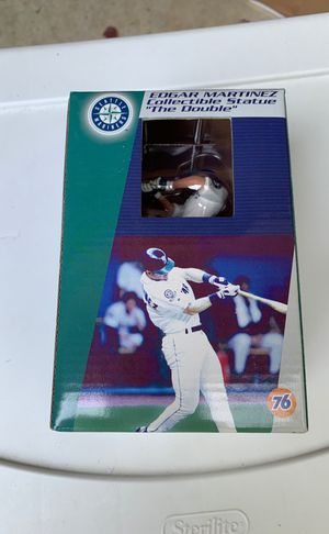 "Edgar Martinez collectible statue""The Double"" for Sale in Sammamish, WA"
