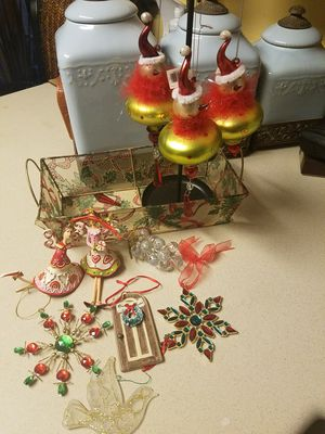 Mixed Christmas Ornaments & basket for Sale in Orlando, FL
