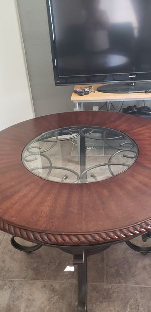kitchen table for Sale in Tolleson, AZ