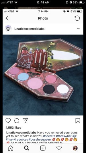 Lunatick cosmetics Elvira palette for Sale in Industry, CA