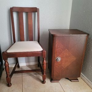 Vintage Table & Chair for Sale in Houston, TX