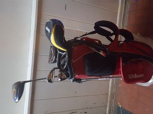 Golf clubs and bag for Sale in Romeoville, IL