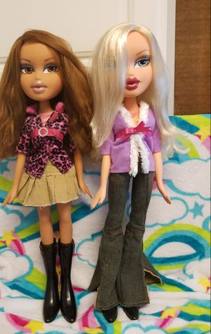 Bratz 2 Feet Dolls bundle amazing shape for Sale in Woodstock, GA