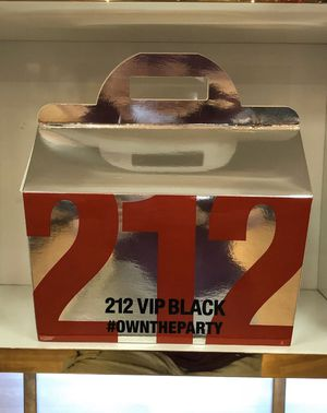 212 Vip Black 3 Piece Gift Set with 3.4 Oz by Carolina Herrera NEW For Men for Sale in Miami, FL