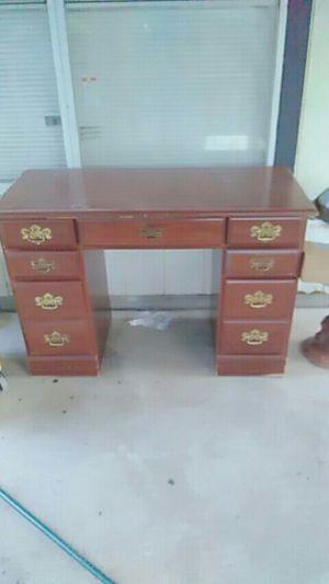 Kids desk for Sale in San Antonio, TX