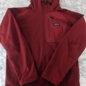 Patagonia Men's Parka Hooded Jacket Coat Size Small, great pre-owned condition. #TAGS - Coats Jackets Insulated Filling Cold Weather Retro H for Sale in Los Angeles, CA
