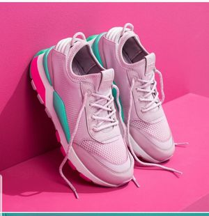 WOMEN'S PUMA RS-0 PLAY CASUAL SHOES size 7.5 for Sale in Silver Spring, MD