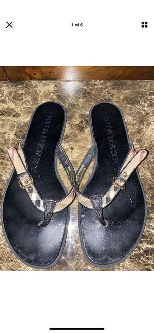 Authentic Burberry Parsons Sandals for Sale in Oviedo, FL