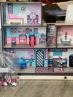 LOL Dollhouse With Pieces for Sale in Los Angeles,  CA