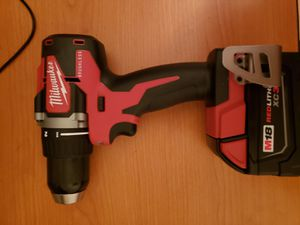 Milwaukee M18 Brushless Drill Driver and Milwaukee M18 Red Lithium XC 3.0 Battery for Sale in Downey, CA