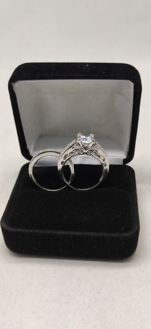 New with tag Solid 925 Sterling Silver ENGAGEMENT WEDDING Ring Set size 7 $125 set OR BEST OFFER ** WE SHIP!!📦📫** for Sale in Phoenix, AZ