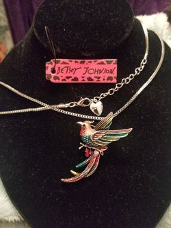 Betsey Johnson bird sweater necklace and or brooch. for Sale in West Valley City,  UT