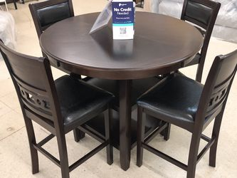 BRAND NEW DINING TABLE WITH 4 CHAIRS PUP for Sale in Fort Worth,  TX