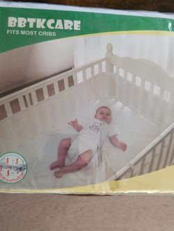 MESH CRIB LINER. FITS MOST CRIBS for Sale in Corona,  CA