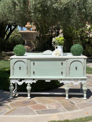 Beautiful Vintage Buffet for Sale in Ontario, CA