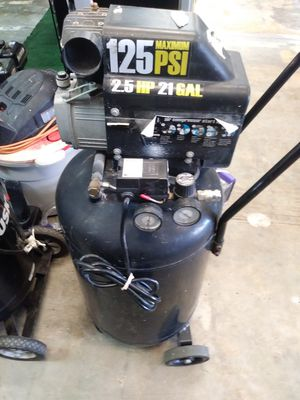 Central machinery air compressor for Sale in Sebring, FL