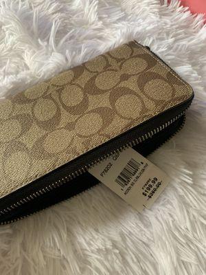 Coach wallet for Sale in Niederwald, TX