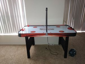 Air hockey table matching basketball goal for Sale in Saint Petersburg, FL