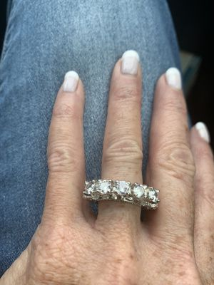 BRILLIANT CUBIC ZIRCONIA STERLING SILVER ANNIVERSARY/WEDDING/ENGAGEMENT RING! for Sale in Estero, FL