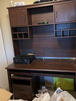 Free Desk And Printer for Sale in Renton,  WA