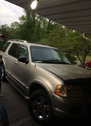 Ford Explorer 2004 for Sale in Columbus, OH