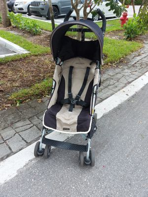 Maclaren stroller for Sale in Boca Raton, FL