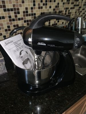 Stand mixer for Sale in VLG WELLINGTN, FL