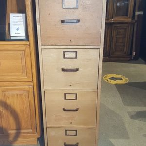 Light Oak 4 Drawer File Cabinet for Sale in Auburn, WA