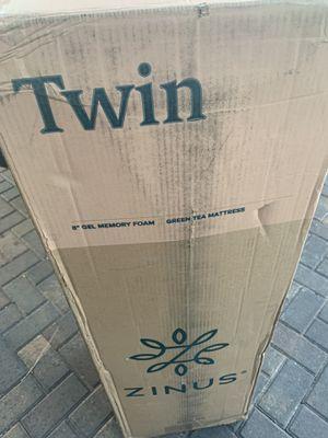 """8"""" twin gel memory foam mattress for Sale in Las Vegas, NV"""