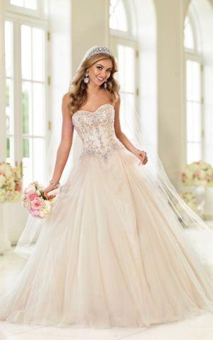 Stella York Wedding Dress + Crinoline + Veil for Sale in Des Plaines, IL